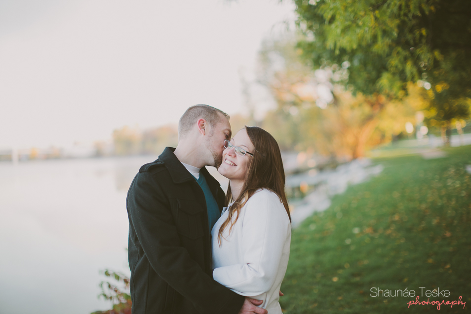 Shaunae_Teske_Photography_Wedding_Portrait_Wisconsin_Karla_Kyle_pitbull_Aston-16